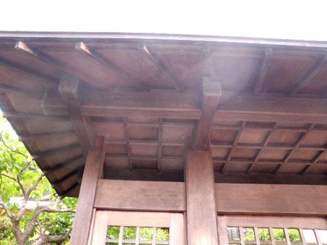 8:木造門扉